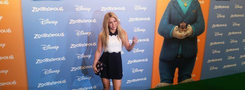 Shakira acapara todos los flashes en la première de 'Zootrópolis'