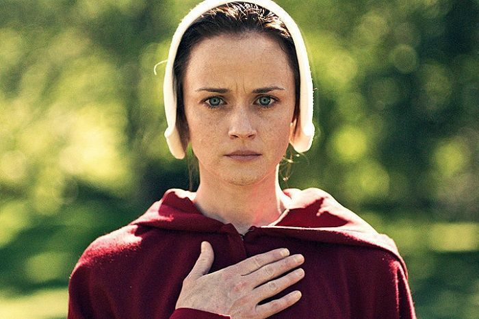 El cuento de la criada | Alexis Bledel como Ofglen