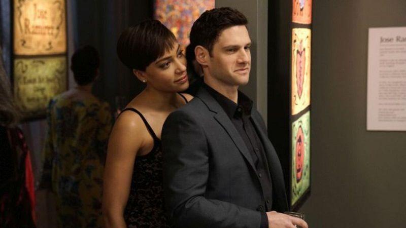 Lucca y Colin: la relación romántica de la temporada | Imagen cortesía de CBS