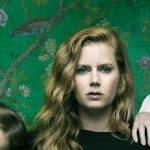 'Heridas abiertas' con Amy Adams logra ser la serie del año