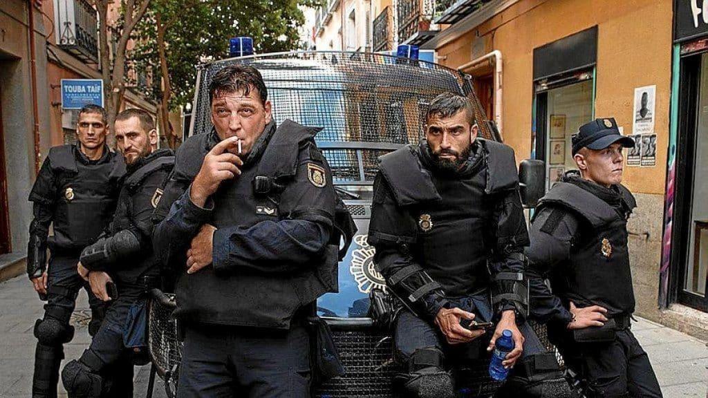 El grupo de los antidisturbios.
