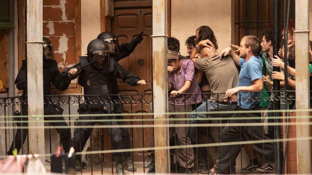 Fotograma del primer episodio de 'Antidisturbios'.
