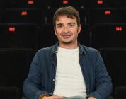 Entrevistamos a Juan Antonio Moreno por su documental 'Bienvenidos a España'